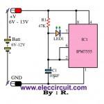 Simple battery status monitor circuit using IC-7555