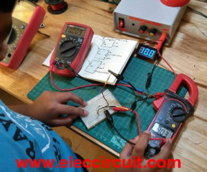 How to make a simple series circuit