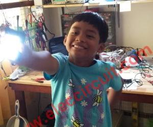 Simple High power LED flashlight