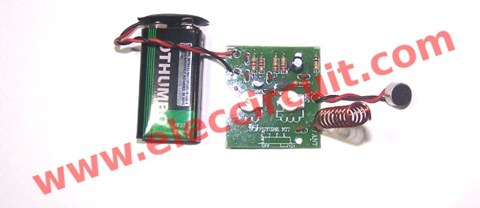 FM wireless microphone circuit that assembly is completed