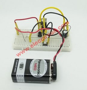 OFF-After-Delay-circuit-on-Breadboard-using-MOSFET
