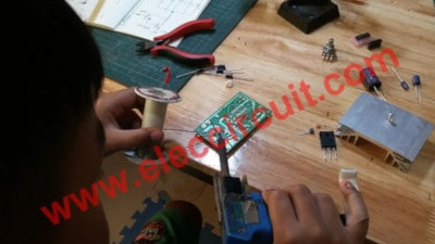 Soldering a lowest components on PCB first!