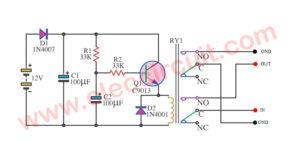Simple speaker delay circuit